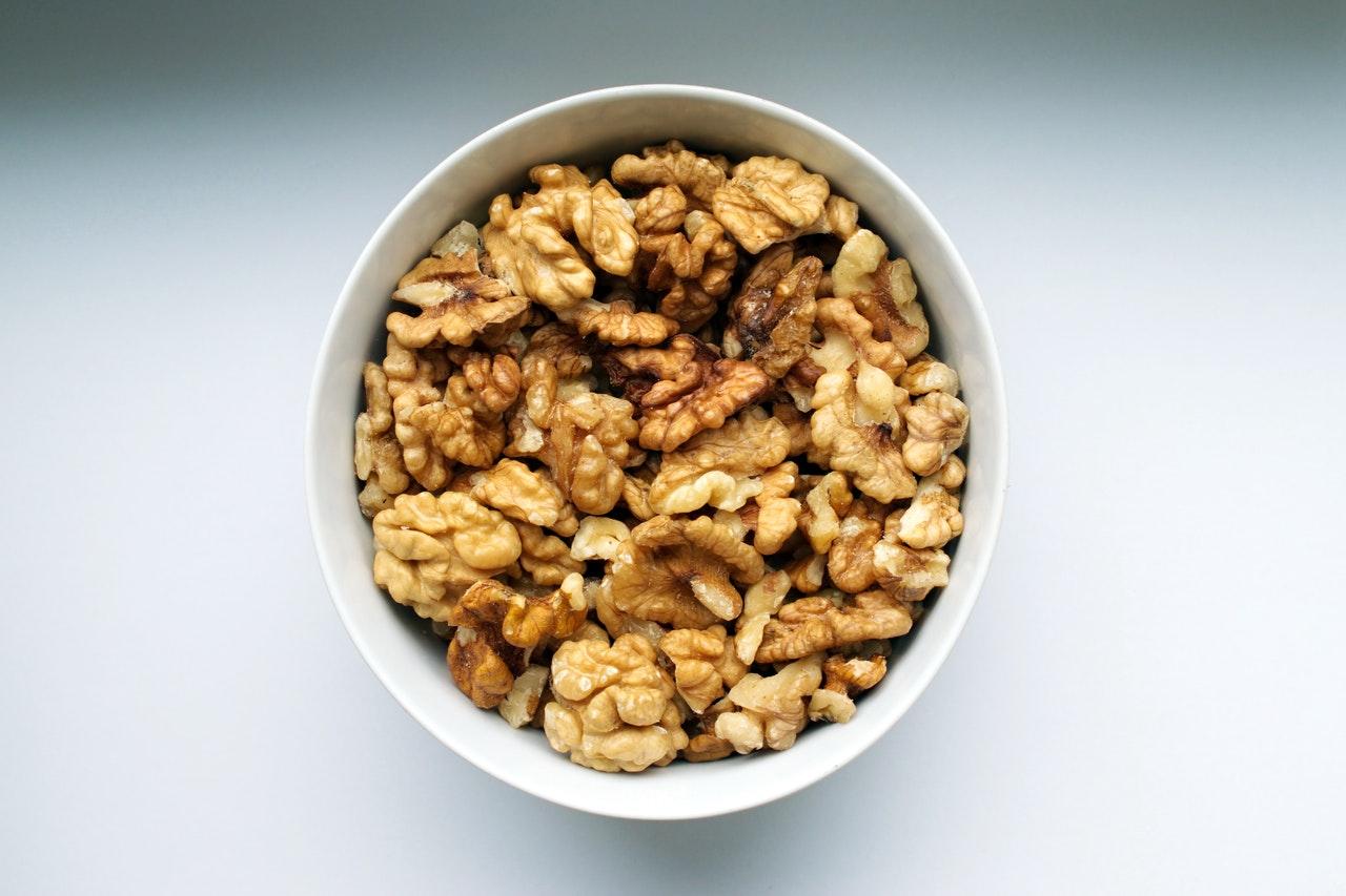 Las nueces son un tentempie sano para nuestro cerebro